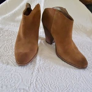 Dolce Vita Tan Suede Booties  Size 10